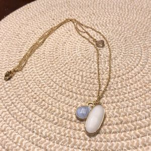 EUC Stella & Dot gold necklace